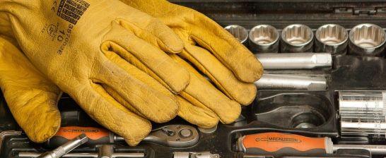 Normy rękawic roboczych i ochronnych