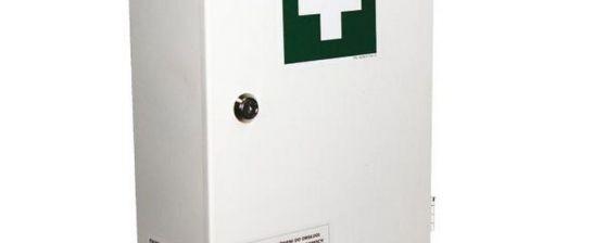 Zakładowa apteczka pierwszej pomocy – istotne uwagi
