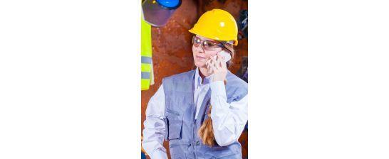 Dlaczego powinno się nosić kask ochronny bhp w pracy?